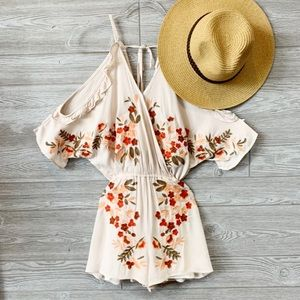 ✨RESTOCKED✨Cream embroidered detail romper